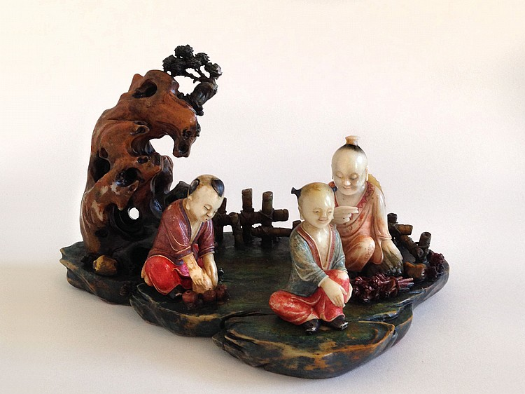 A Piece of Art Showing a Group of Figures in Soap Stone Qing Dynasty