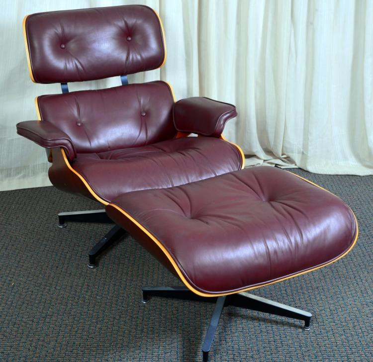 Herman Miller Eames Chair w/Ottoman