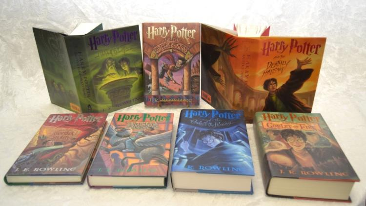 J. K. Rowling's Harry Potter 7 Book Lot