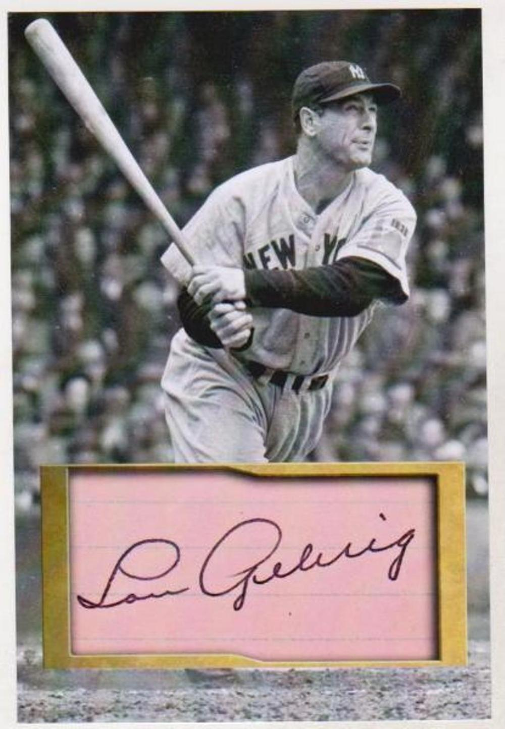 Lou Gehrig 4x6 Photo w/ Facsimile Signature - Nice For Framing!
