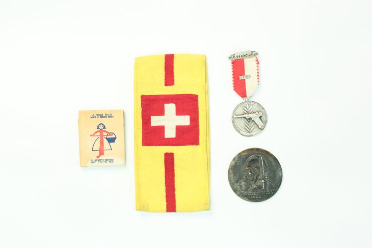 Mixed lot of memorabilia Swiss Army, Luger related *
