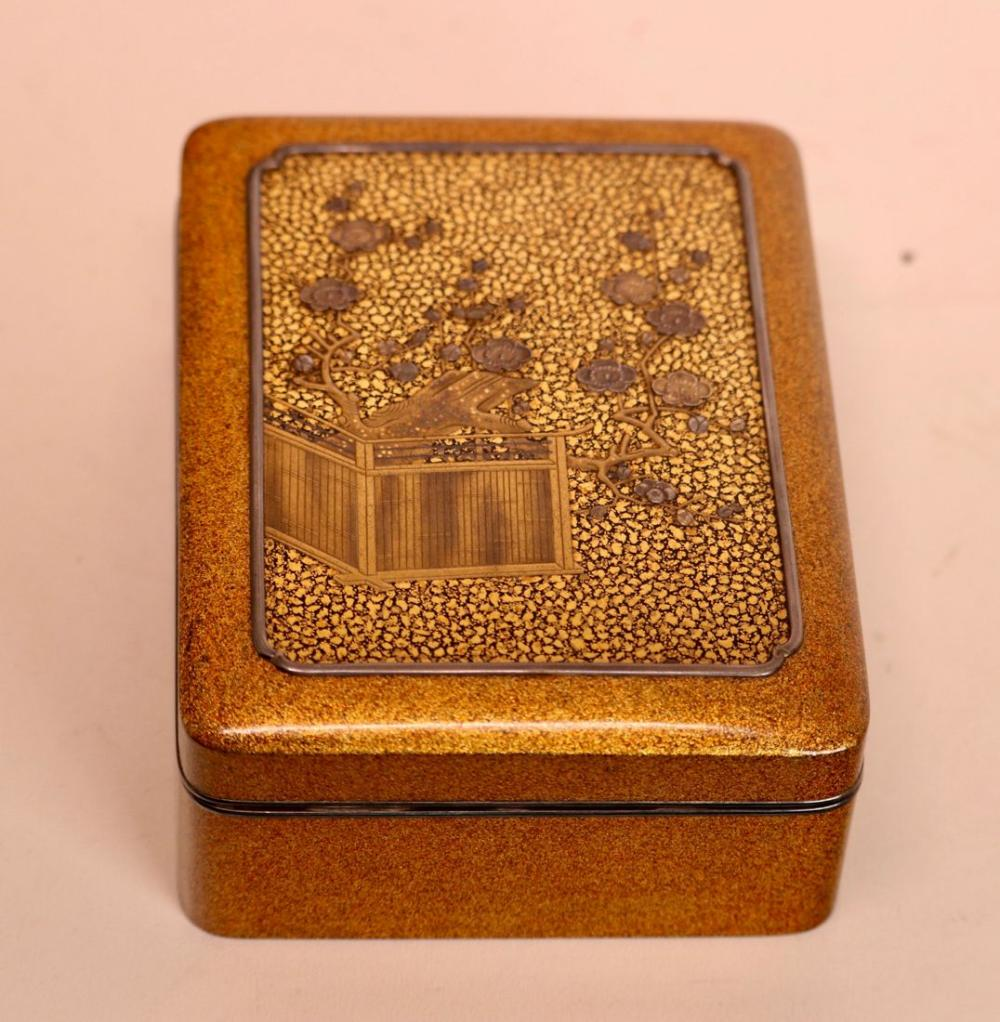 Stunning Japanese Meiji Period Gold Lacquer Box with Silver Trim