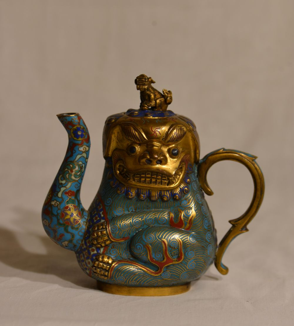 Chinese Cloisonne Foolion Winepot