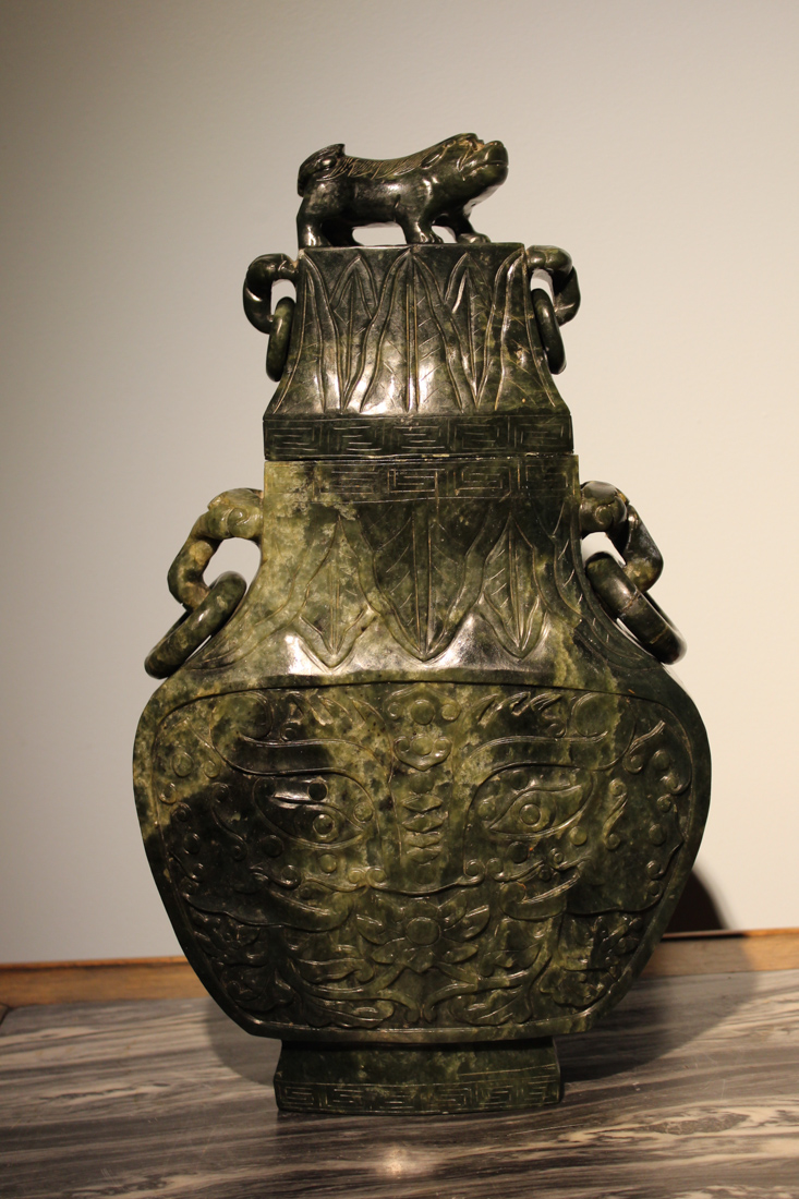 Large chinese spinach jade vase for Asian antiques uk