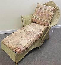Art Deco Wicker Chaise Lounge
