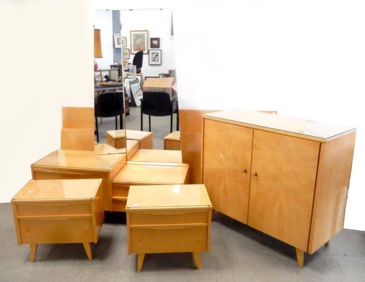 Mid c blonde bedroom set for Blonde bedroom furniture