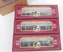 MTH W. Va. Pulp & Paper Log Car set in original boxes