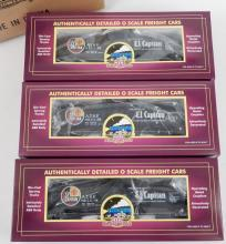 MTH Premier Freight Santa Fe tank car set in original boxes