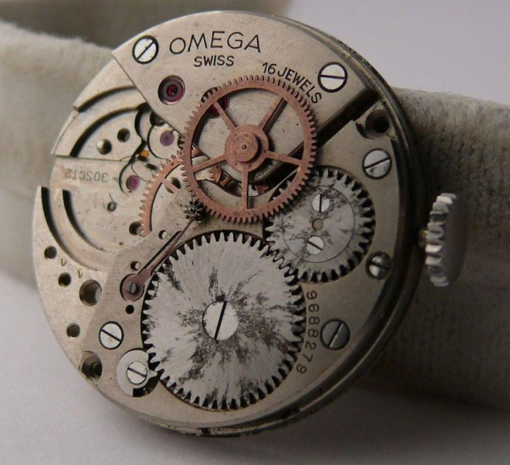 Incomplete Vintage Omega 30T2 Movement suitable for parts projects of being restored. Crown engages and disengages as it should.