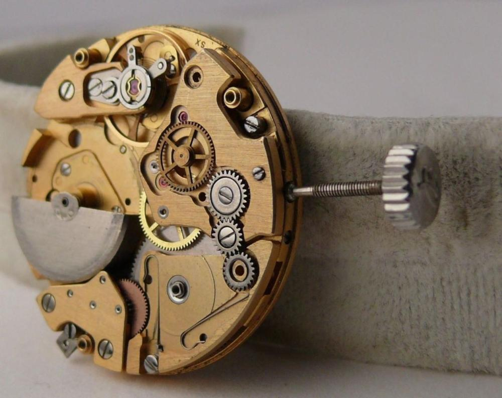 Incomplete Vintage Breitling calibre 12 Movement for Parts projects or restorations