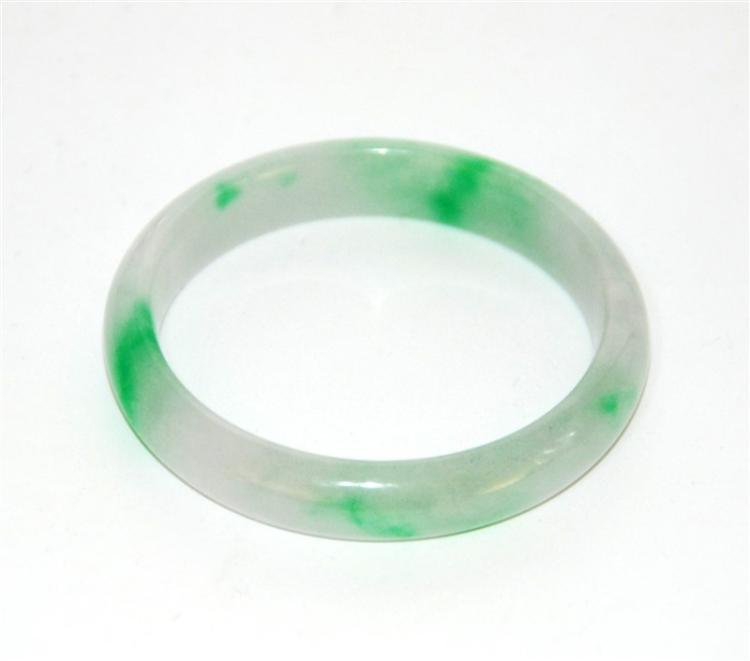 JADEITE BANGLE BRACELET (AIGL CERTIFIED)