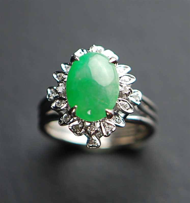 JADE CLEAR STONE RING