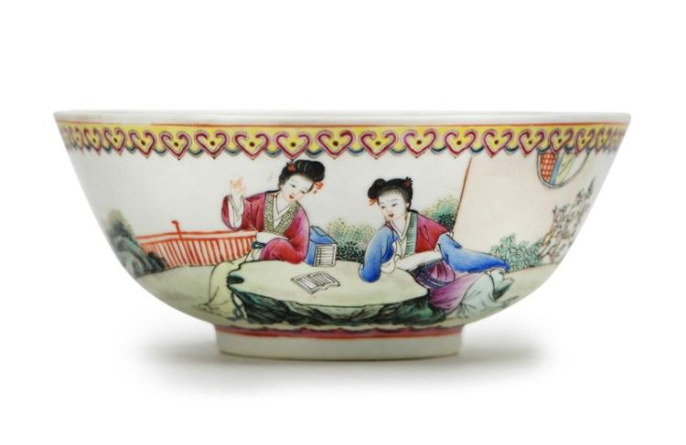 PAINTED PORCELAIN BOWL