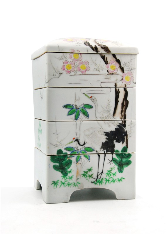 FLOWERS AND CRANES PORCELAIN DRAWER