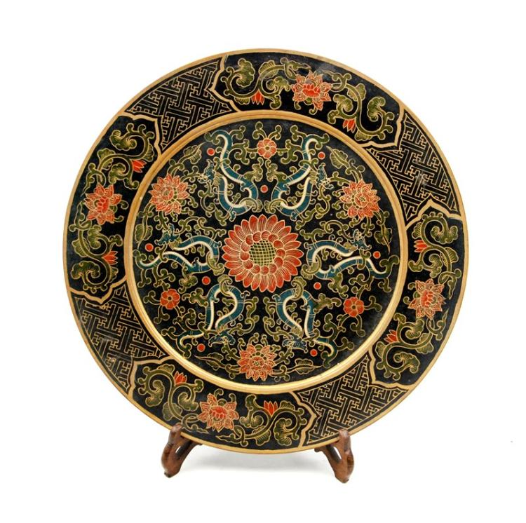 LACQUERED CHRYSANTHEMUM PLATE