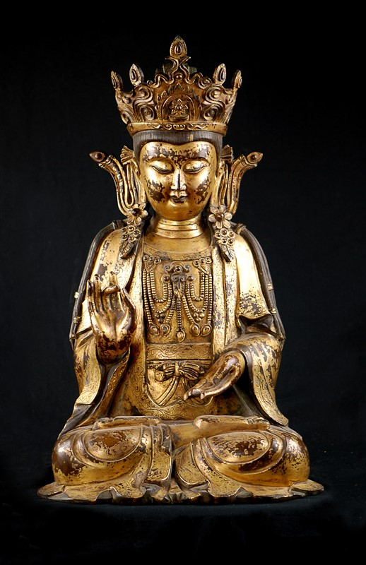LARGE GILT BUDDHA