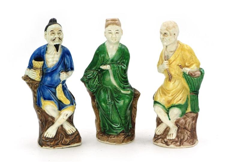 THREE SU SANCAI FIGURINES