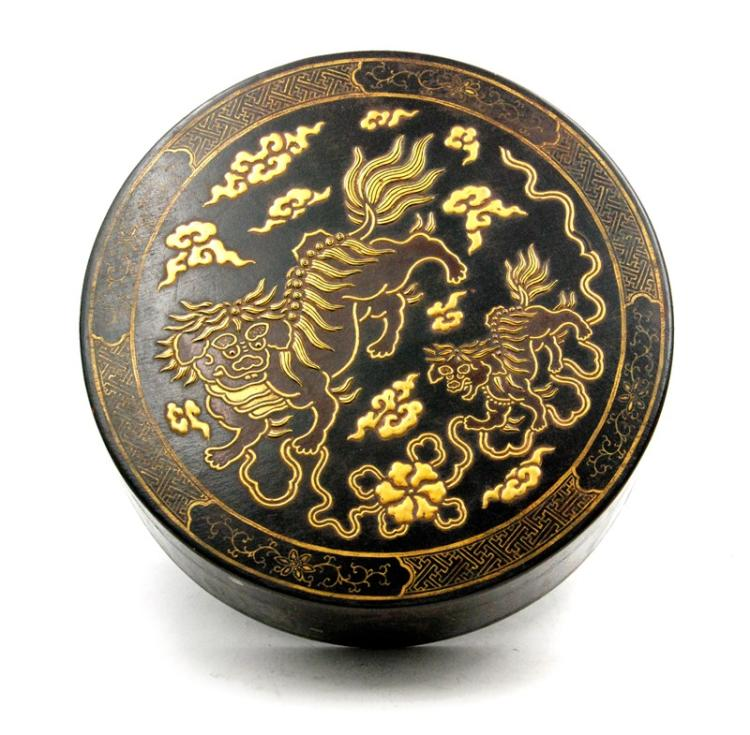 GILT BLACK LION LEATHER BOX