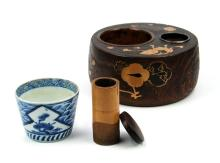 BLUE AND WHITE TEA CUP WITH LACQUER BAMBOO CARVED SET