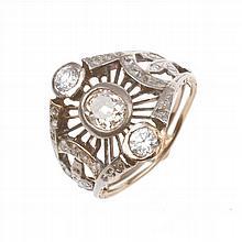 DIAMOND MODERNIST RING