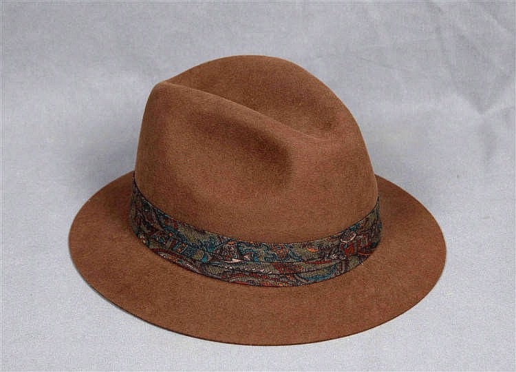 AN ENGLISH HAT, BY DUNHILL