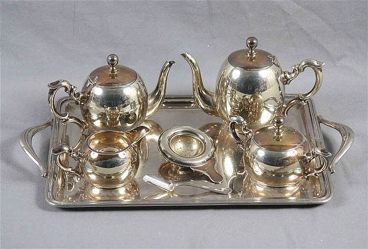 A SILVER TEA AND COFFEE SET