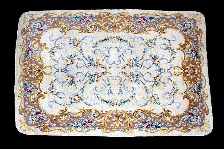 A SPANISH WOOL CARPET, CIRCA 1950