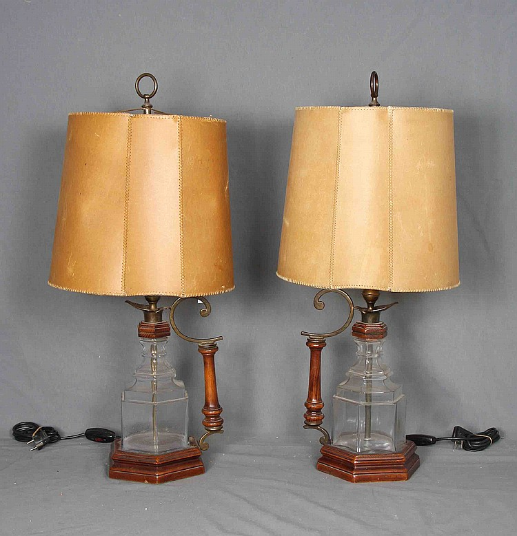 A PAIR OF TABLE LAMPS, BY J.VALENTI