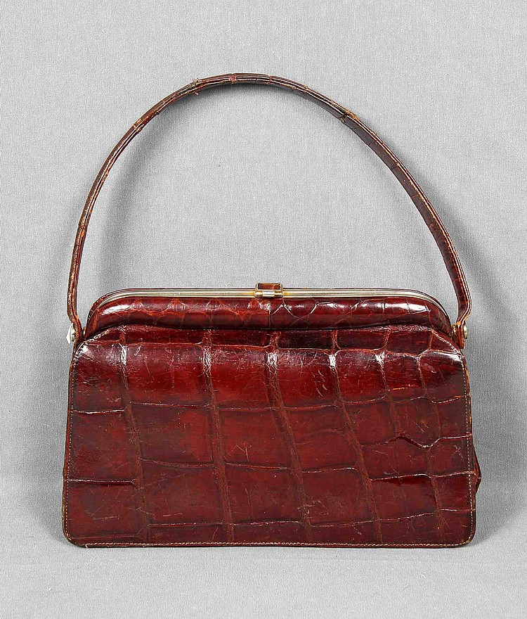 A VINTAGE CROCODILE LEATHER BAG