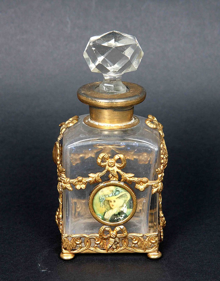 A CRYSTAL AND GILT BRONZE PERFUME BOTTLE