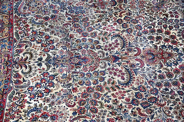 ROYAL KERMAN carpet, in wool with cotton weft, from Persia, mid 20th centur