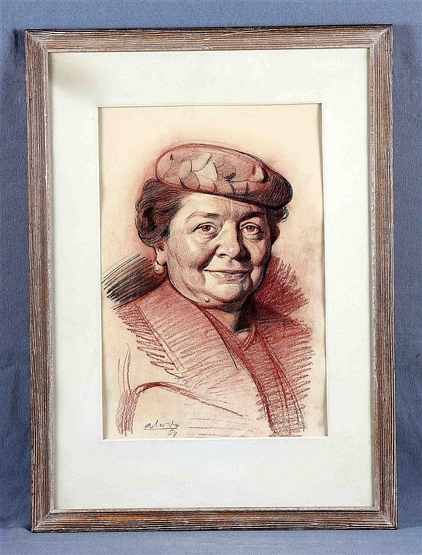 "ALCORLO, MANUEL (1935). ""Retrato de dama Lola"". Drawing in charcoal, 46.5x32.5 cm. Signed and dated 54. On the back the portrayed writes:"
