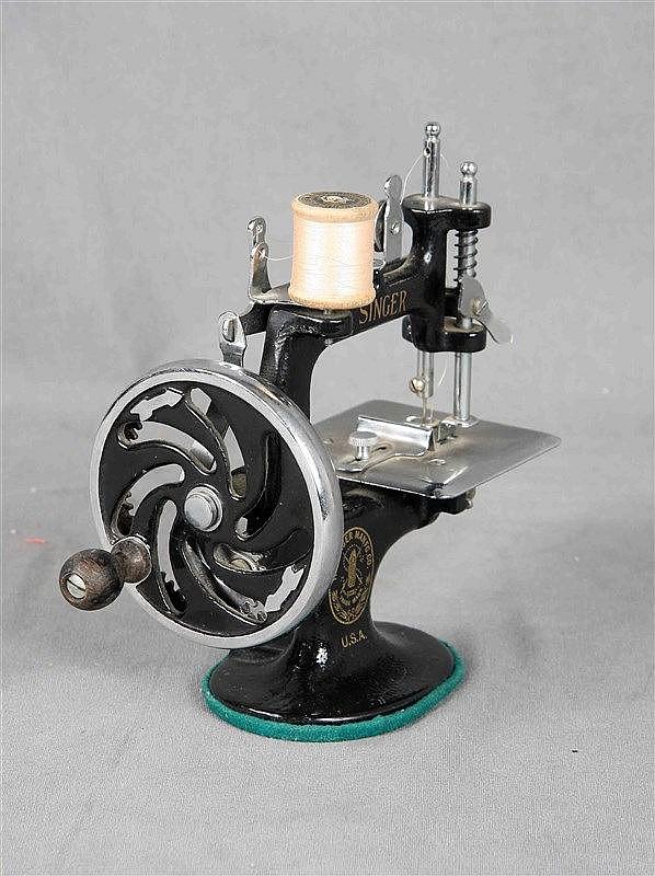 vintage portable sewing machine