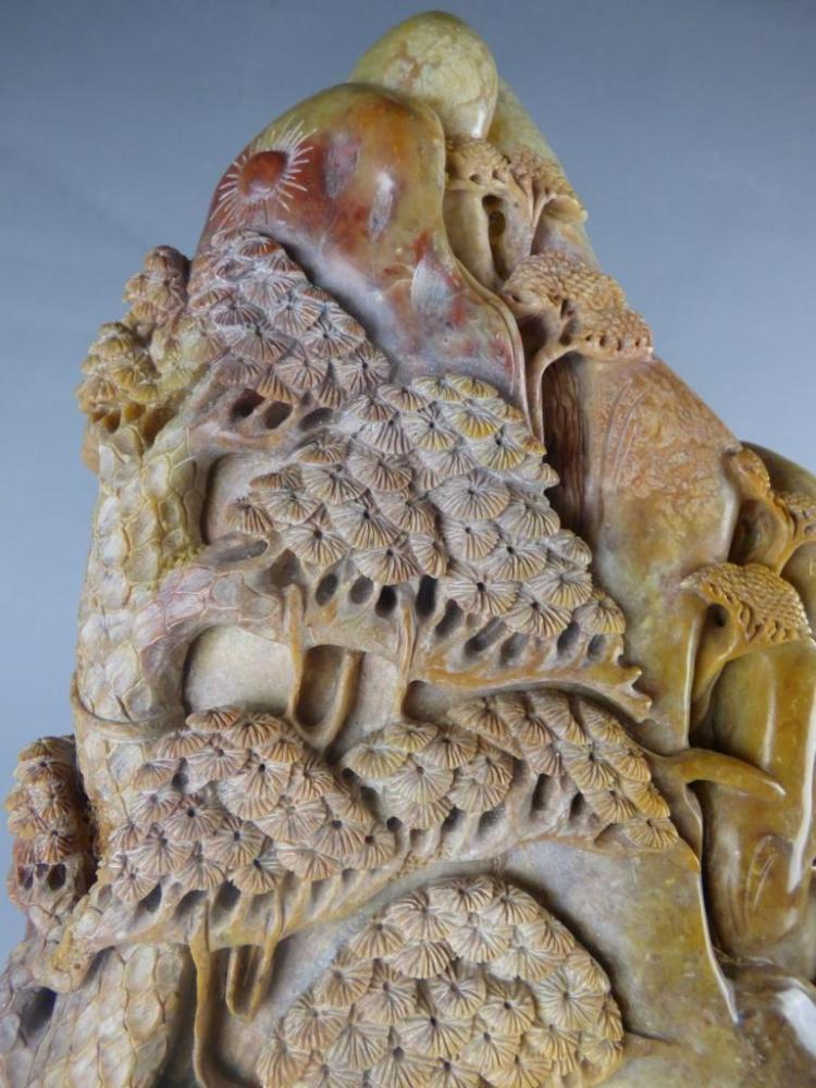 Large shoushan stone carving