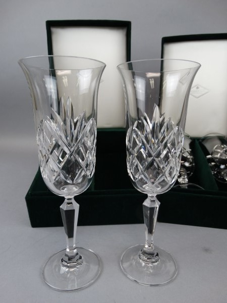 lot of 4 shannon fine crystal wine glasses