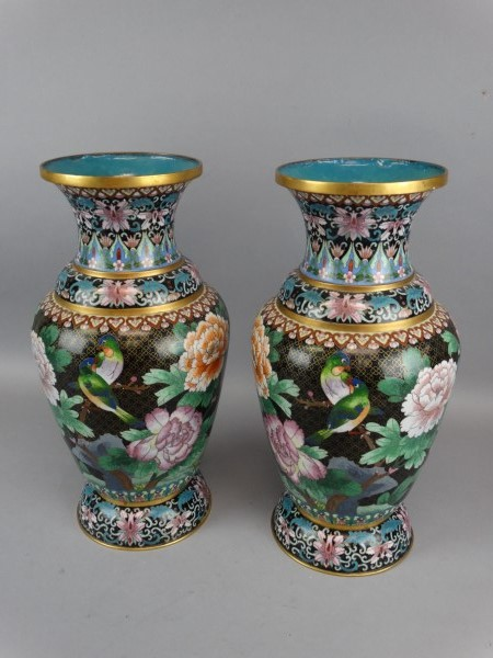 how to clean cloisonne vase