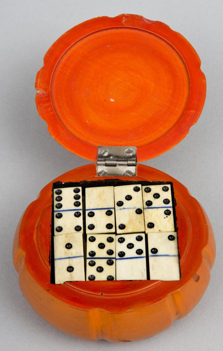 English Melon Shaped Domino Box