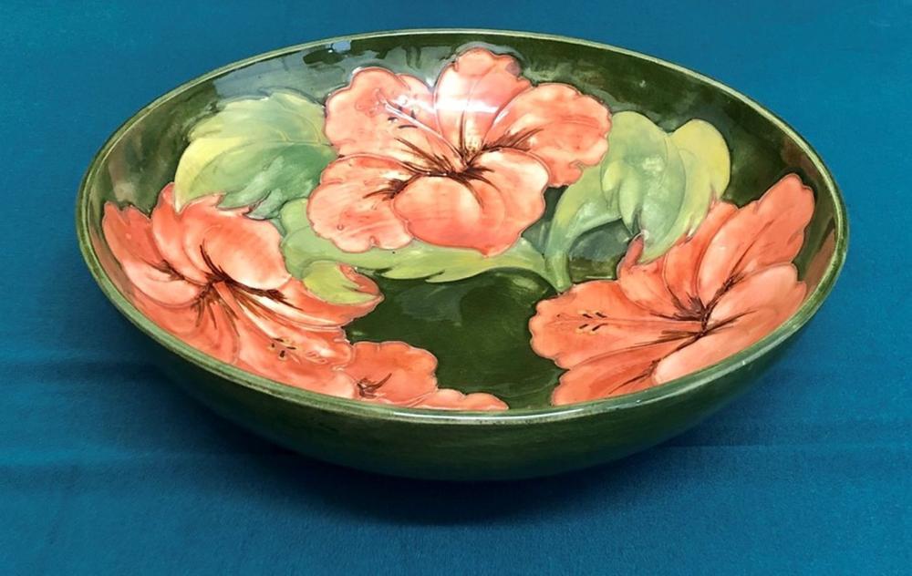 Moorcroft Hibiscus Pattern Fruit Bowl  Height 6cm X Width 26