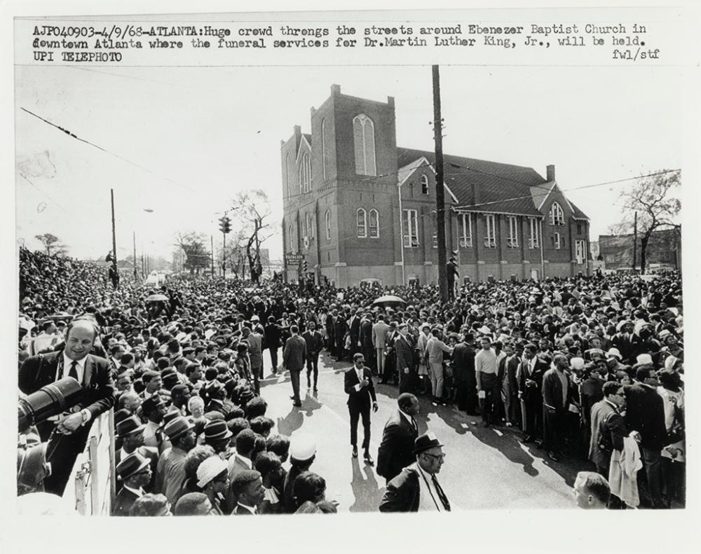 (KING, MARTIN LUTHER, JR.) Group of 103 press photos of King funeral.