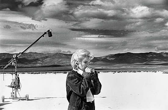 ARNOLD, EVE (1912-2012)