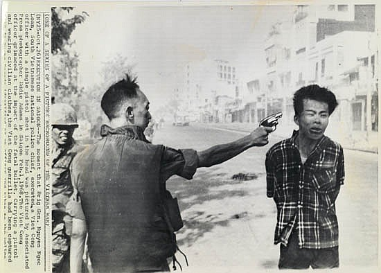 eddie adams Eddie adams, whose pulitzer prize-winning photo of a vietnamese general  executing a viet cong prisoner in the streets of saigon became an.