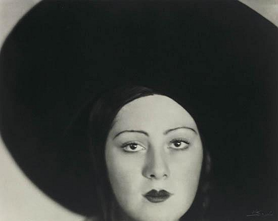 JACOBI, LOTTE (1896-1990) Portfolio entitled