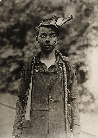 HINE, LEWIS W. (1874-1940) Young miner.