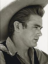 """AVERY, SID (1918-2002) """"James Dean on Location for 'Giant' in Marfa, Texas."""""""