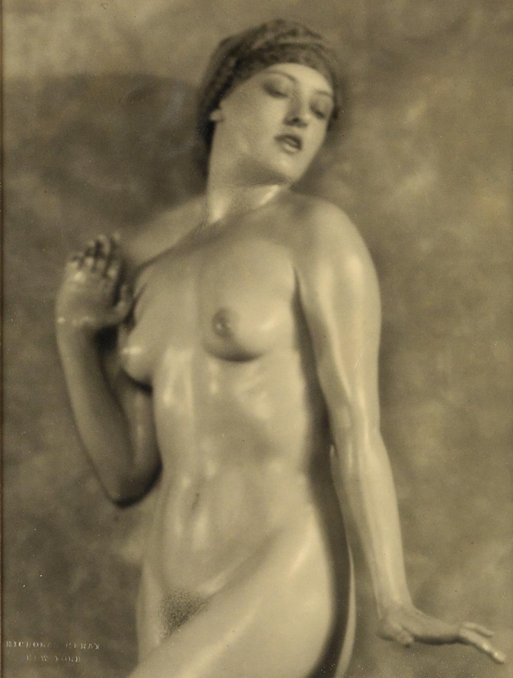 Naked naughty girl sex