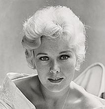 AVERY, SID (1918-2002) Kim Novak in her Los Angeles home.
