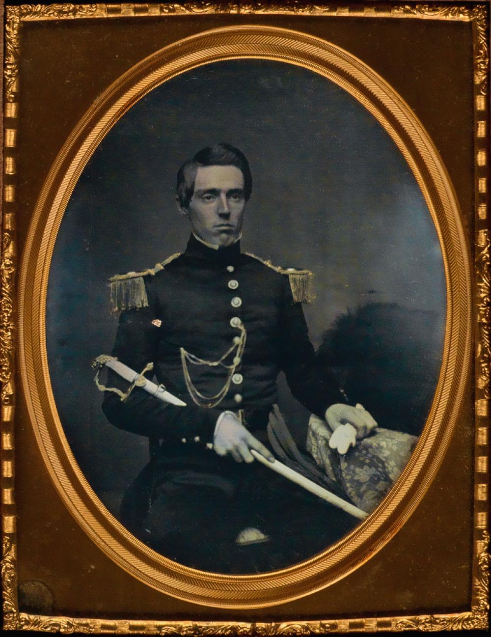 (AMERICAN MILITARY) Half-plate daguerreotype of Roland G. Usher (1823-1895).