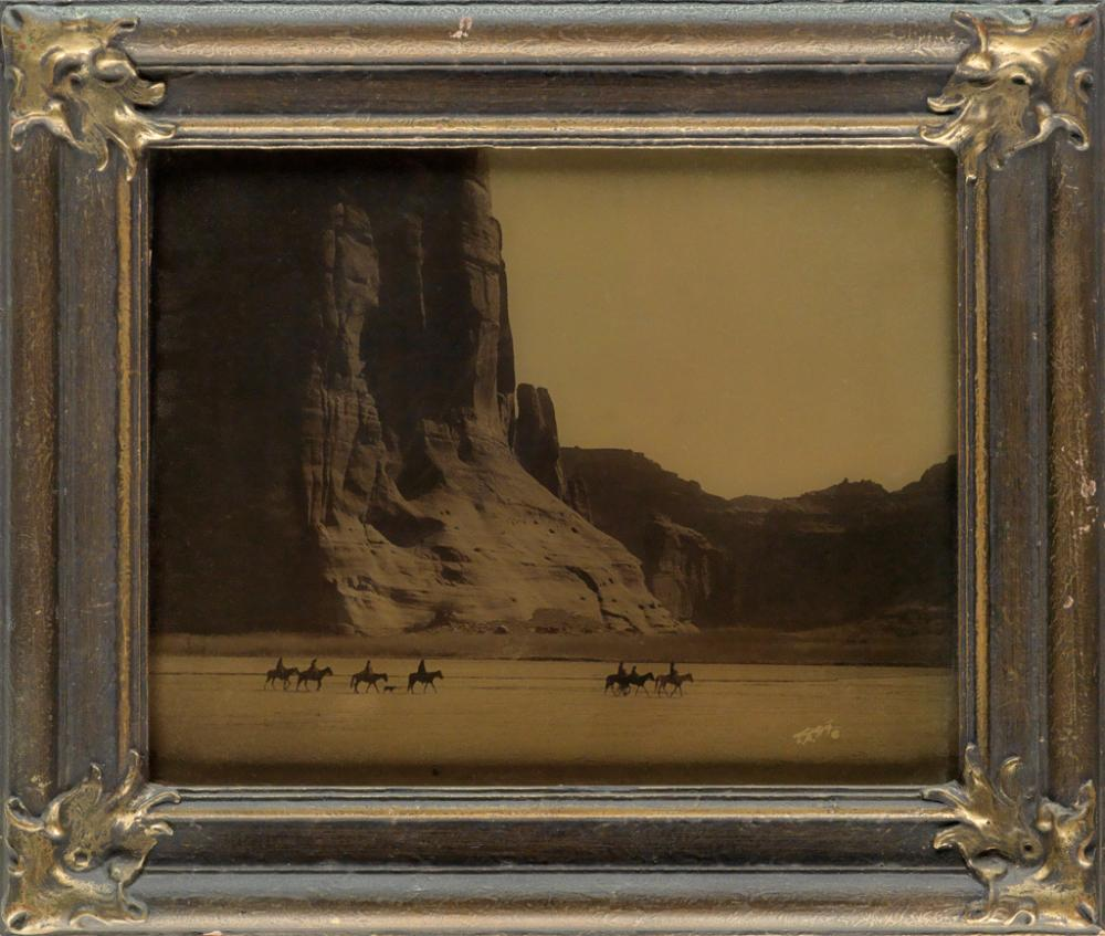 EDWARD S. CURTIS (1868-1952) Cañon de Chelly.