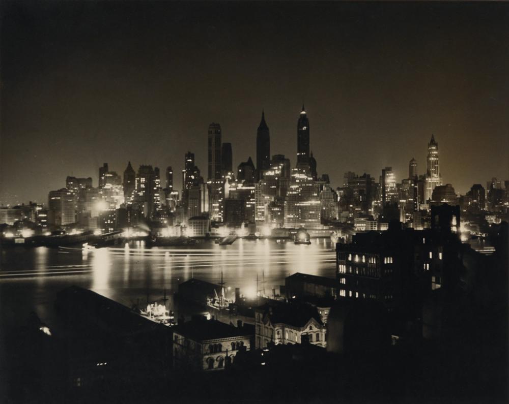 SAMUEL GOTTSCHO (1875-1971) Lower Manhattan skyline (from Brooklyn).