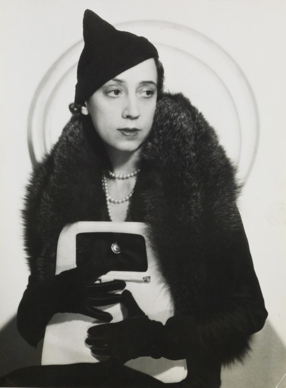 MAN RAY (1890-1976) Elsa Schiaparelli.